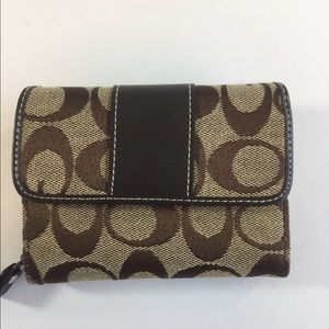 Coach brown Canvas Signature logo wallet. New